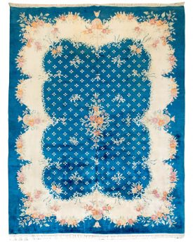 This is a beautiful Traditional Deco Aubosson Hand Made Area Rug that measures 9 by 12 feet.